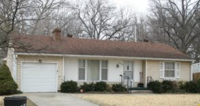 5008 Tomahawk Rd Prairie Village, KS