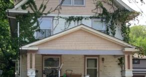113 N Walnut St, Olathe, KS
